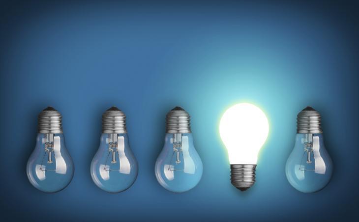 ampoules lumineuses représentant une idée